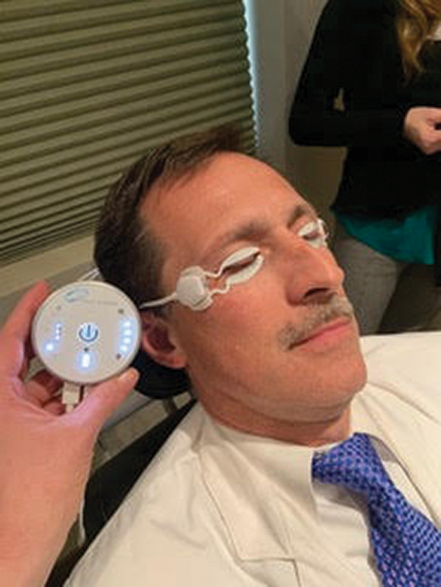 Eyelid warming devices such as the Tearcare system (Sightscience), can help express meibmoian glands and prepare the patient for refractive surgery.